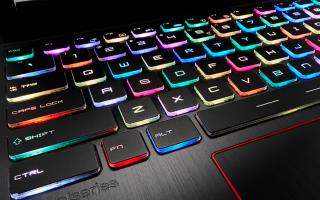 Як включити, вимкнути або поміняти колір підсвічування на клавіатурі ноутбука
